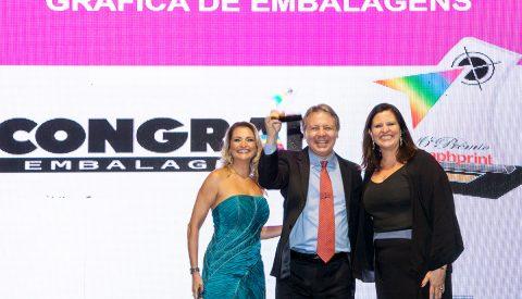 Congraf recebe troféu no Prêmio Graphprint